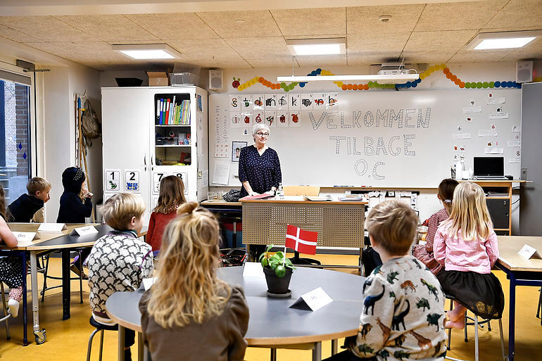 Kommuner skal stå for to ugentlige test på skoler